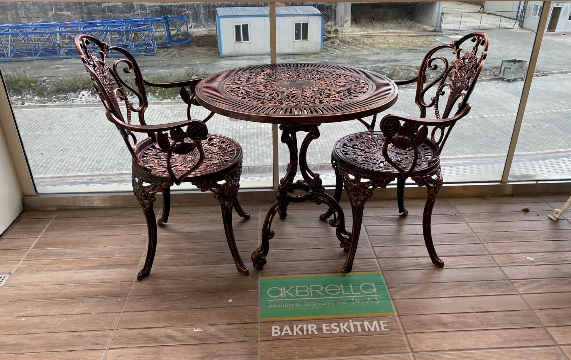 Döküm masa & sandalye
