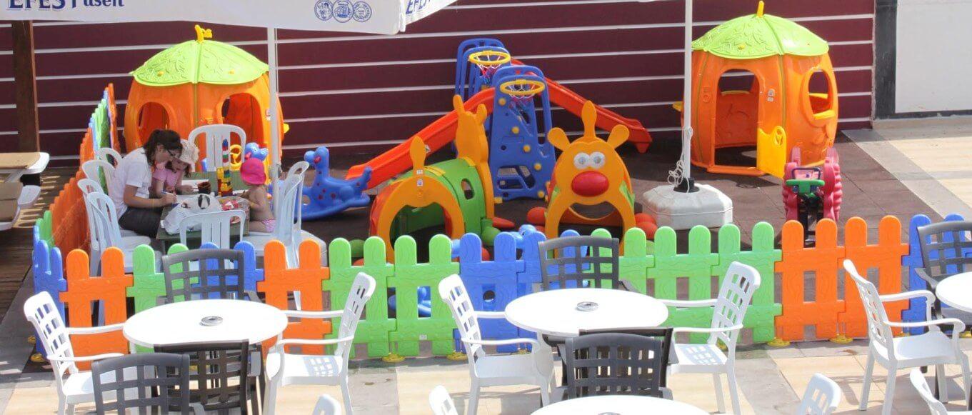 Plastik oyun parkı